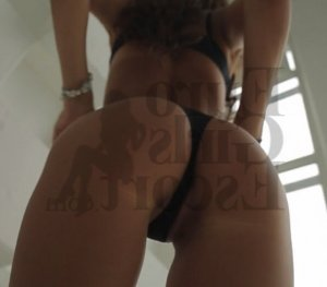 Micaella escort girl in Metairie LA & thai massage