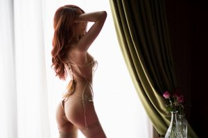 Amaelys massage parlor in Greenfield & escort